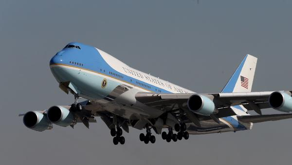 Air Force One leaves California after another fundraising foray. (Luis Sinco / Los Angeles Times)