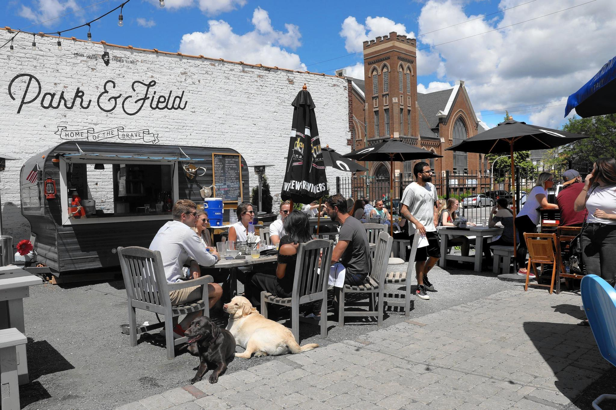 Our 10 favorite dog-friendly restaurant patios in Chicago