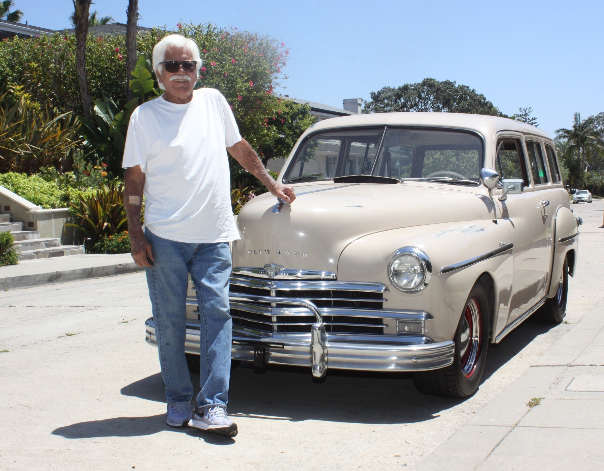 A Family Tradition: La Jollan\'s old cars passed down to two ...