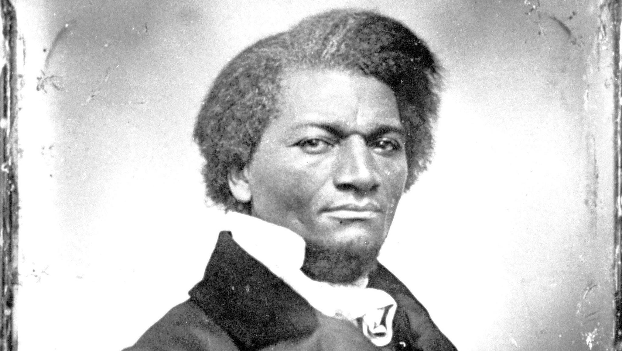 frederick douglass fourth of july essay Frederick douglass july 5  the papers and placards say, that i am to deliver a  4th [of] july oration  this, for the purpose of this celebration, is the 4th of july.