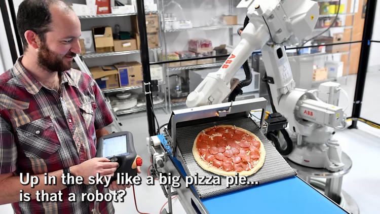 LA 90: Robots making pizza