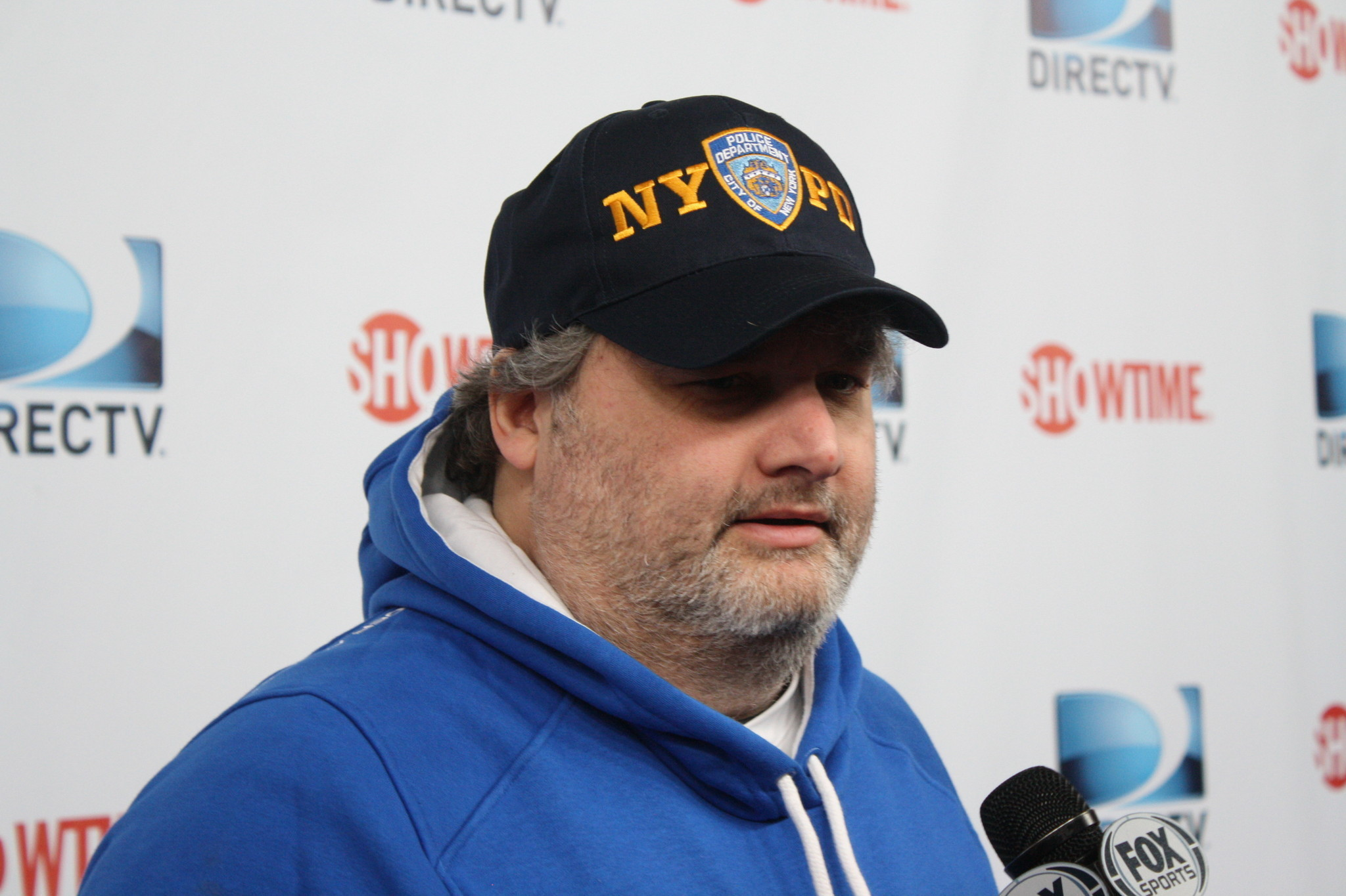 comedian artie lange indicates he 39 s still in hospital after collapse in chicago orlando sentinel. Black Bedroom Furniture Sets. Home Design Ideas
