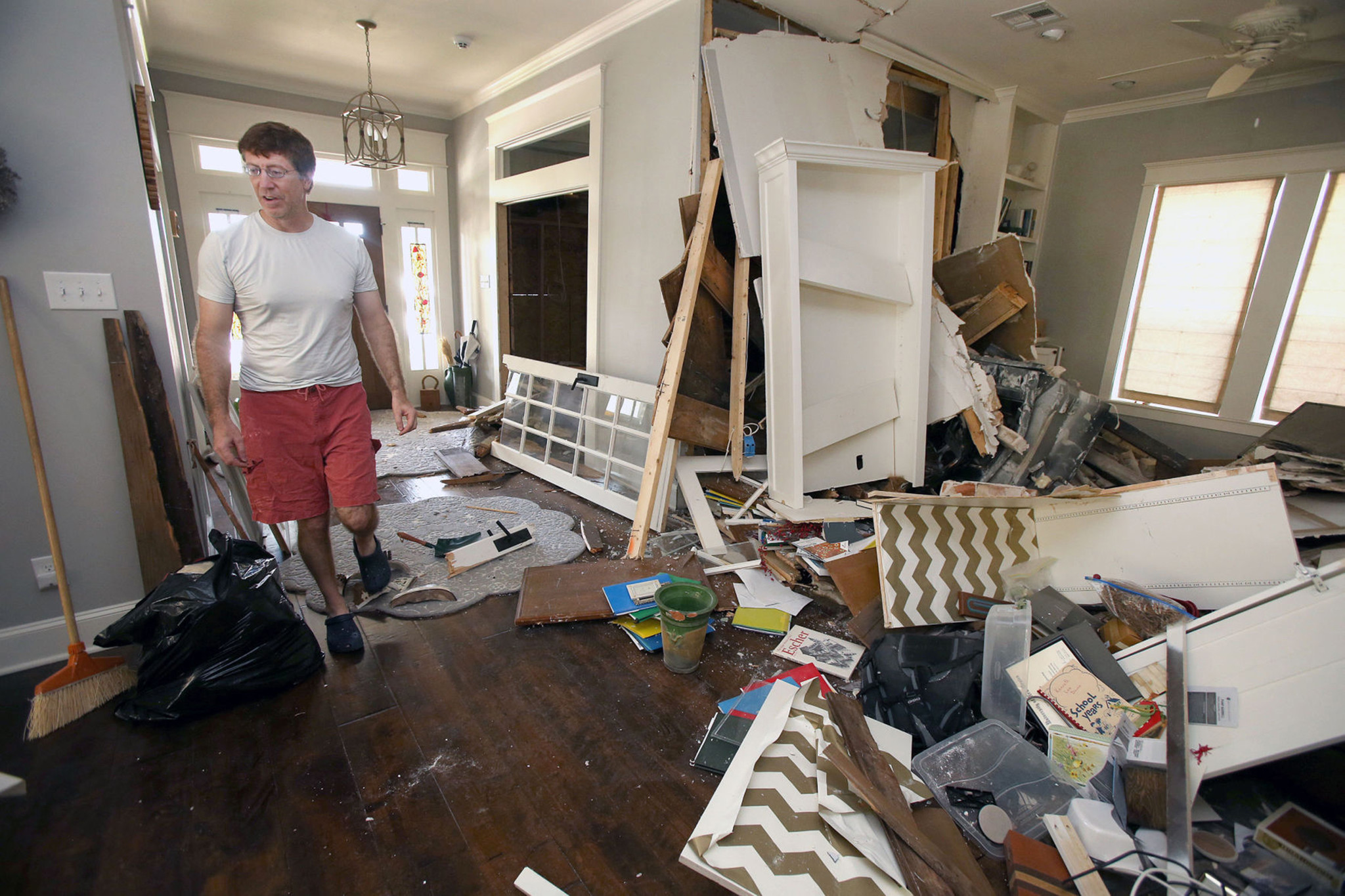 Car Crashes Into Fixer Upper House In Suspected Dwi