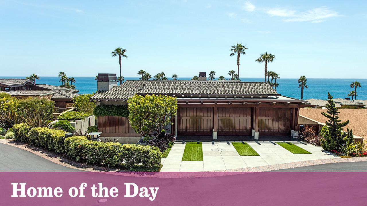 Laguna beach house strikes a contemporary poise la times for Laguna beach house prices