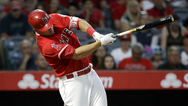 Mike Trout is back, but Angels go down swinging in 2-1, 10-inning loss to Rays