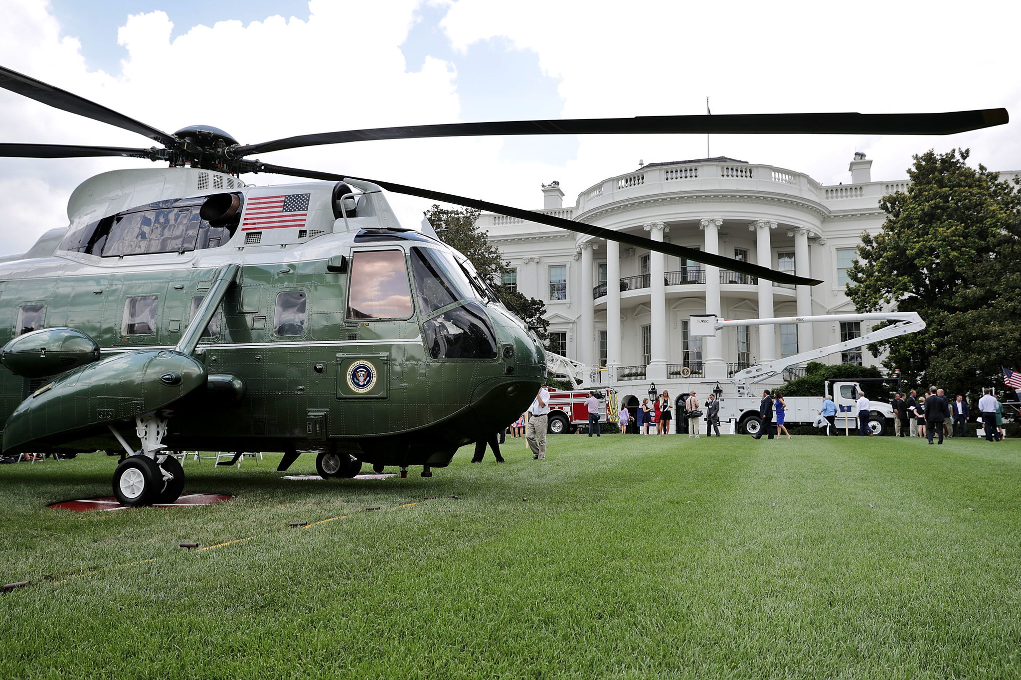 White house highlights sikorsky during 39 made in america for Vh design