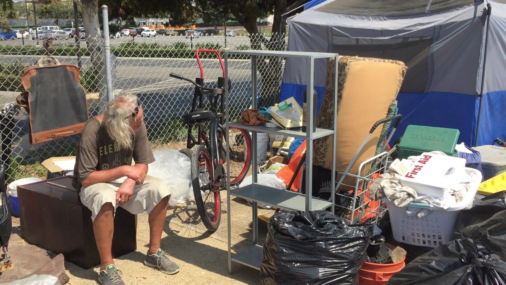 Homeless encampment near Santa Ana River is moved - Los