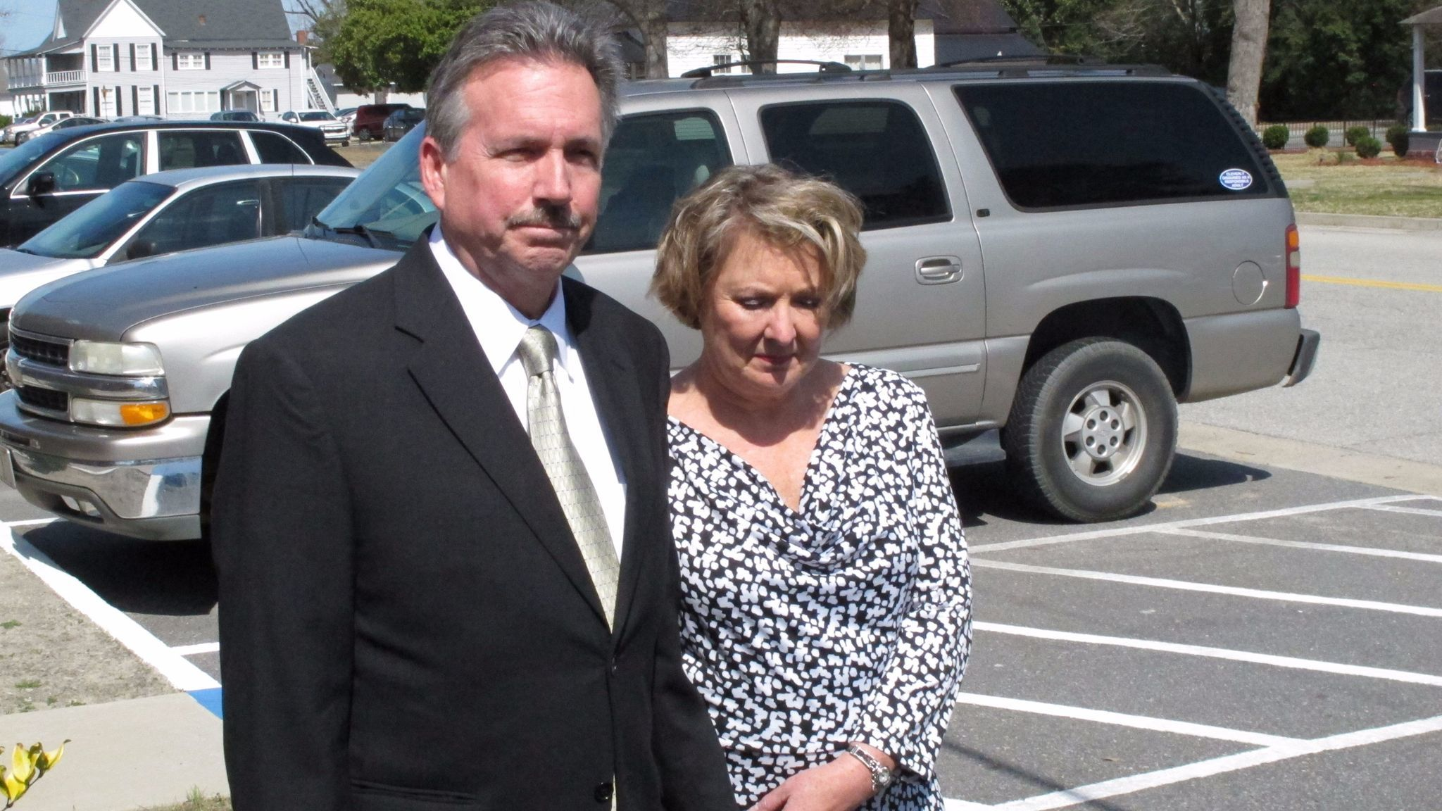 Richard and Elizabeth Jones, whose daughter, Sarah, was killed by a train on a Georgia movie set in 2014, met with reporters outside the Wayne County Courthouse in Jesup, Ga., the following year.
