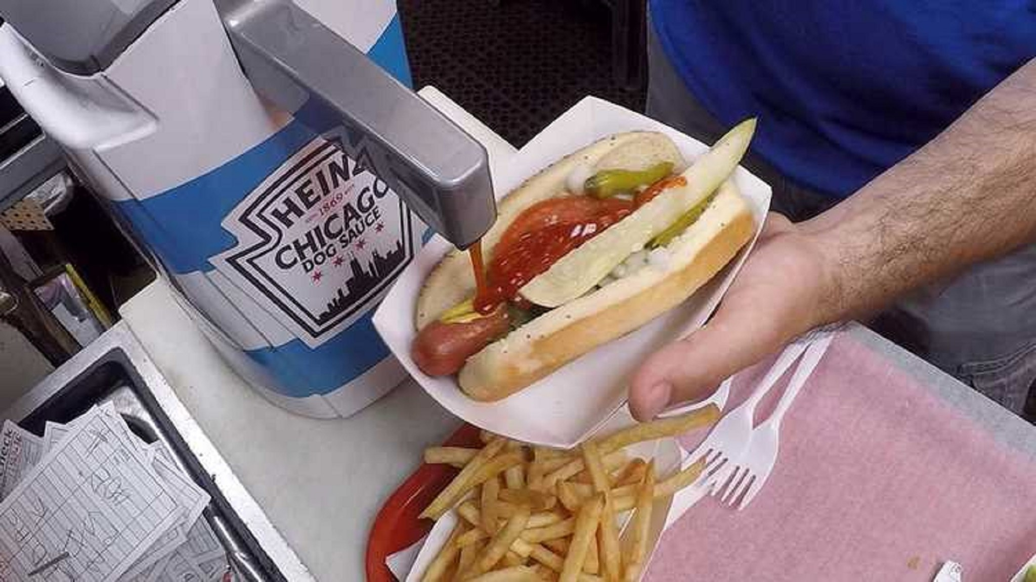 Do You Put Hot Sauce On Hot Dog