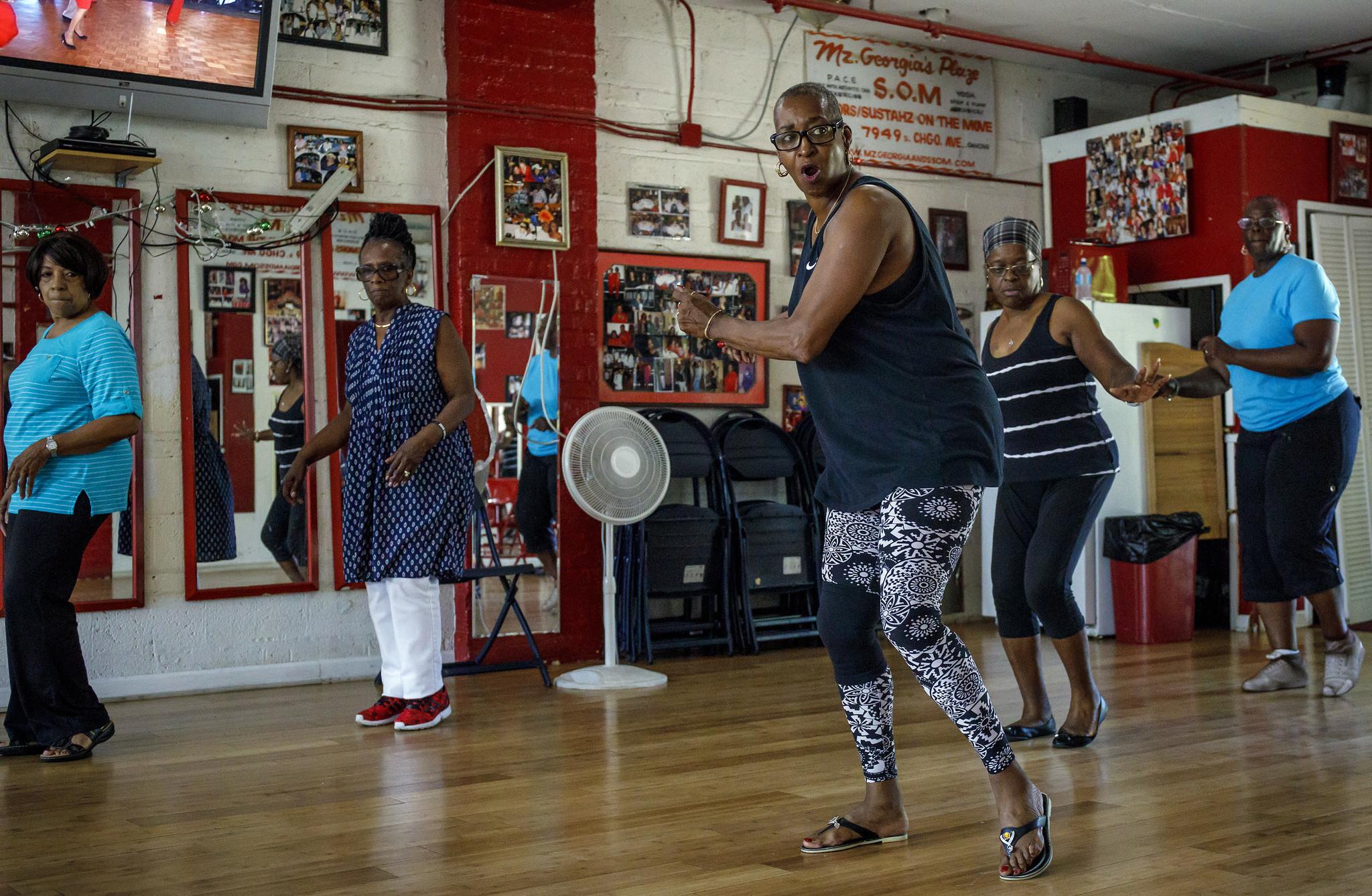 e8fb9cfaac80 The Next Day  Living around gun violence - Chicago Tribune