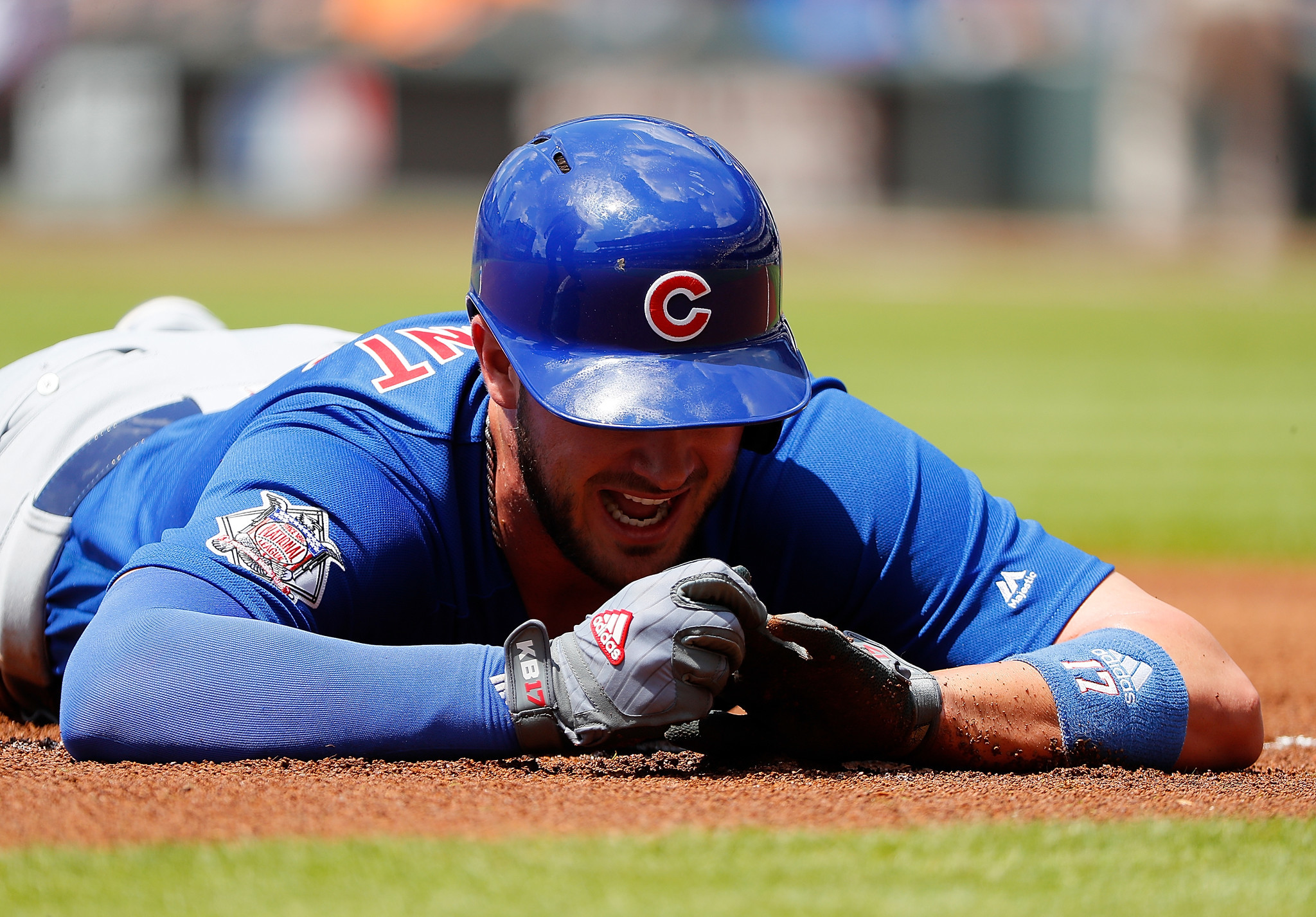 Ct-kris-bryant-stop-sliding-head-first-rosenbloom-20170720