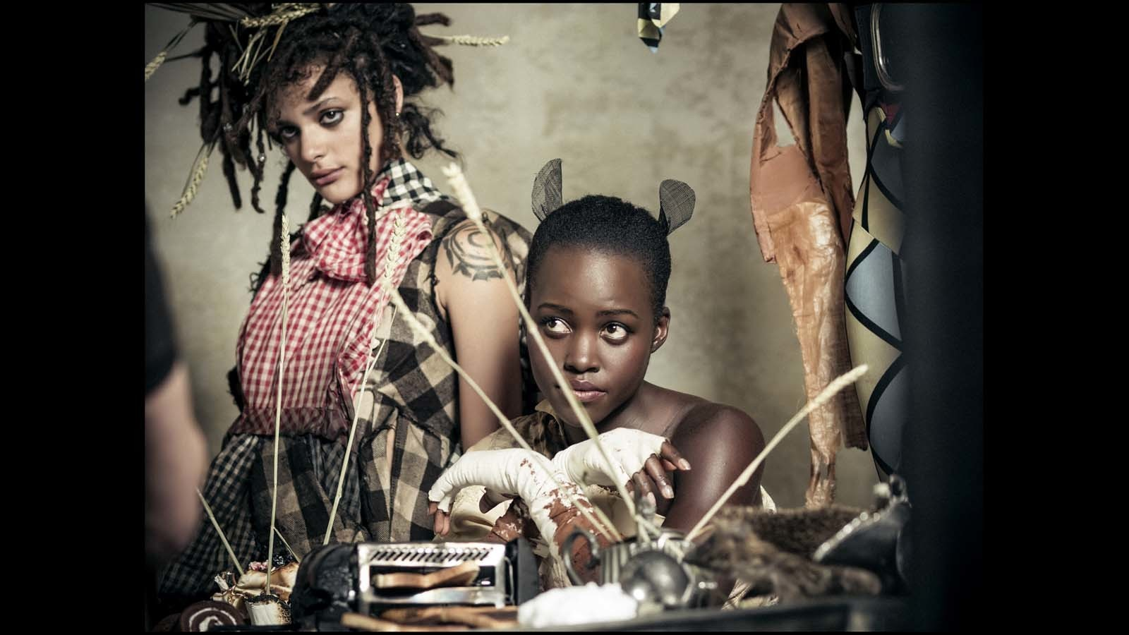 Sasha Lane, left, and Lupita Nyong'o. (Behind-the-scenes imagery from the 2018 Pirelli Calendar by Tim Walker / Alessandro Scotti)