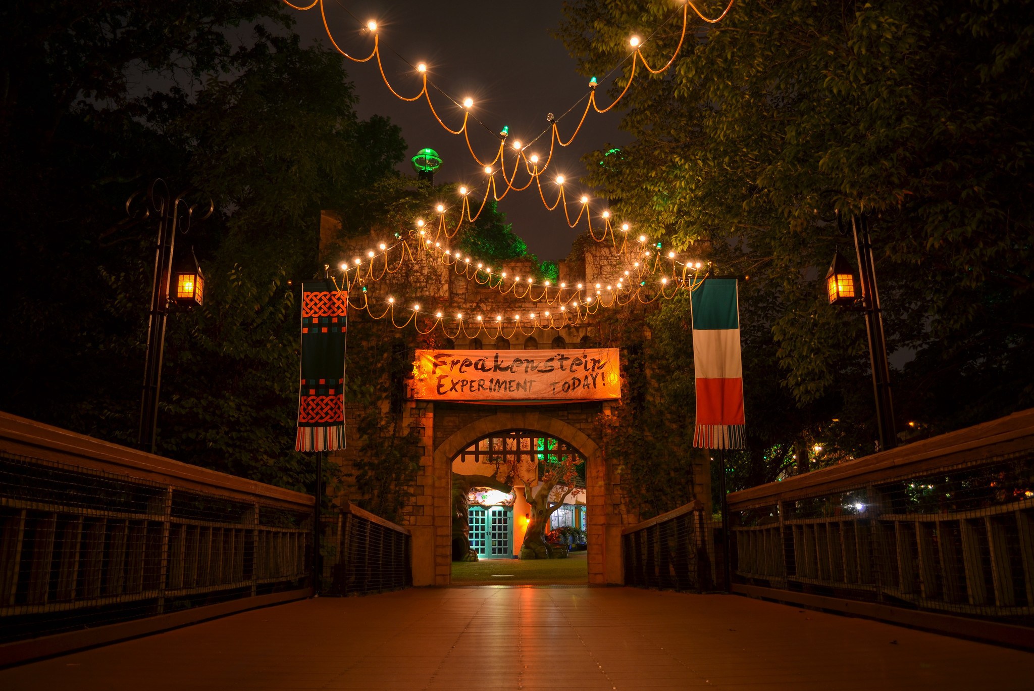 Busch gardens adds new haunted house to howl o scream - Busch gardens williamsburg halloween ...