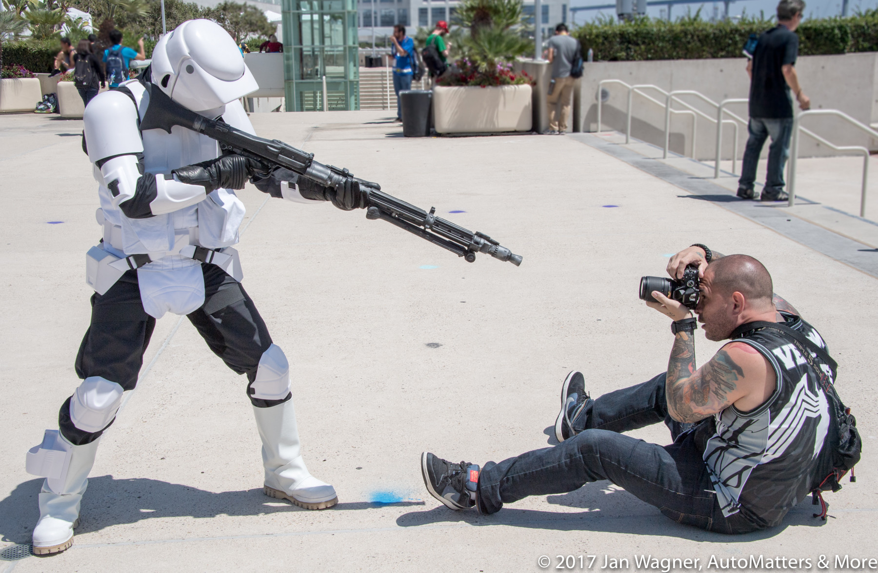 Shooting the shooter – San Diego Comic-Con 2016