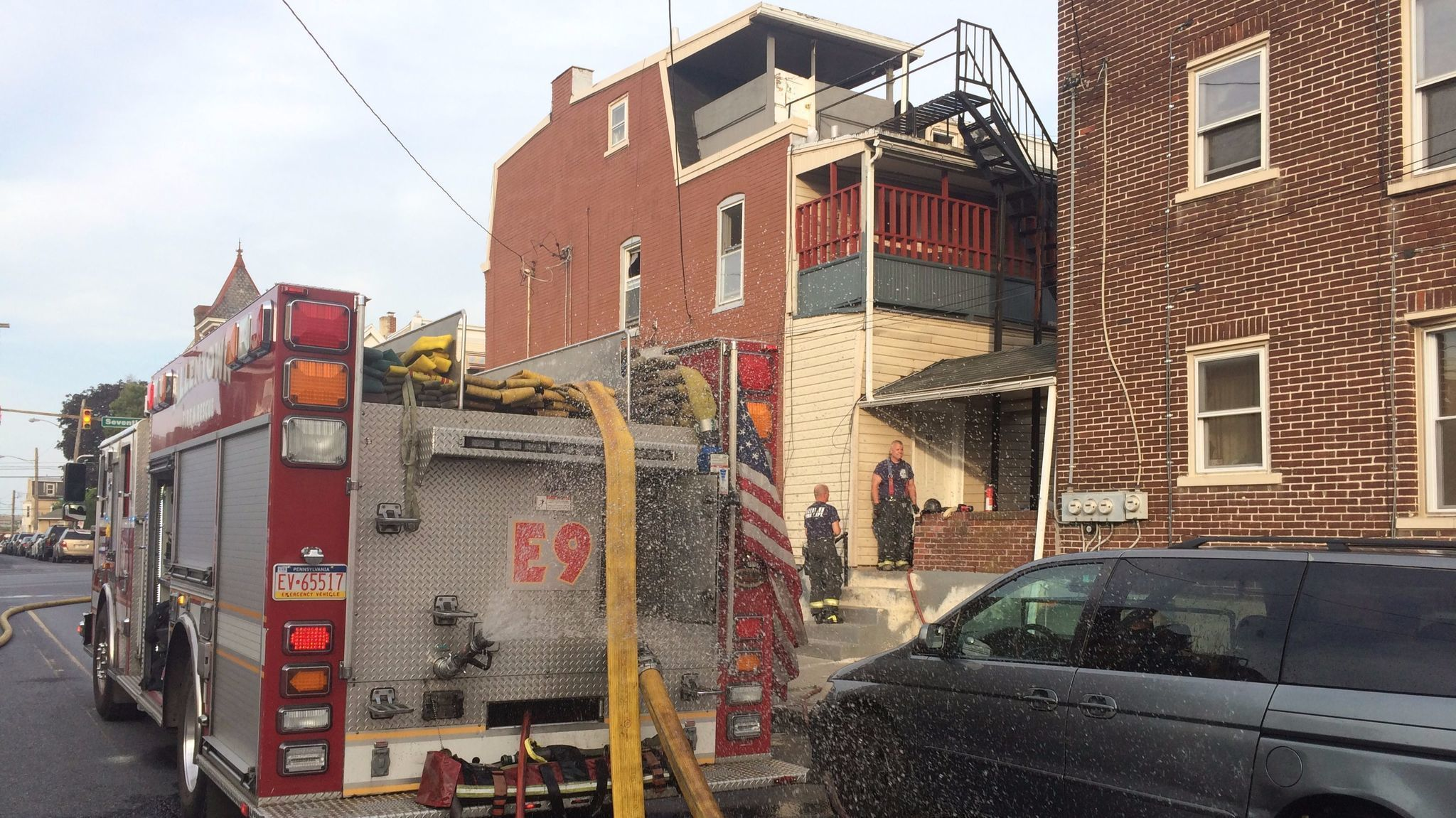 Allentown Kitchen Fire Displaces Two Police Officer Helps