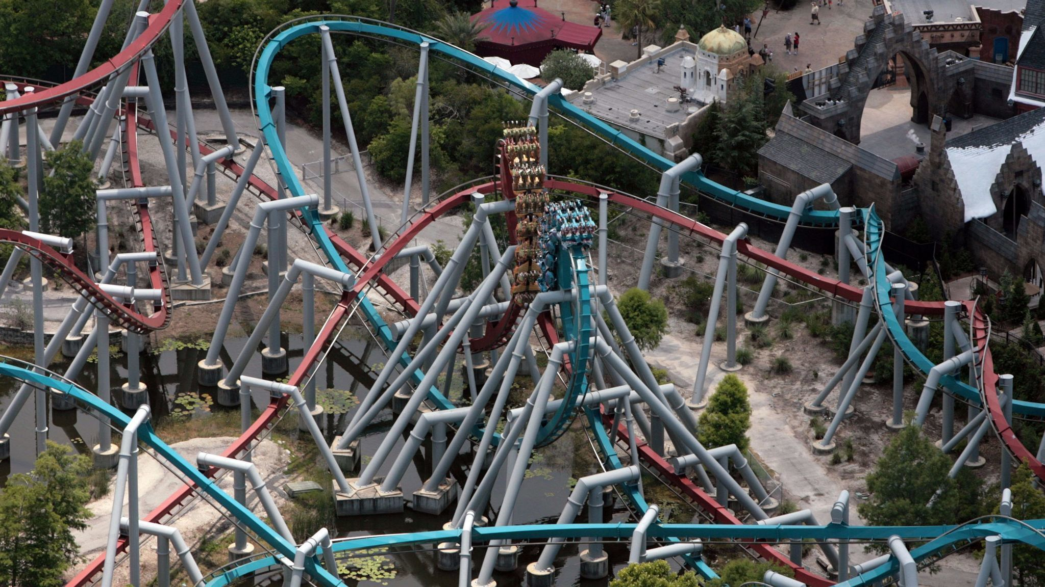 Dueling dragons coaster, Universal Studios
