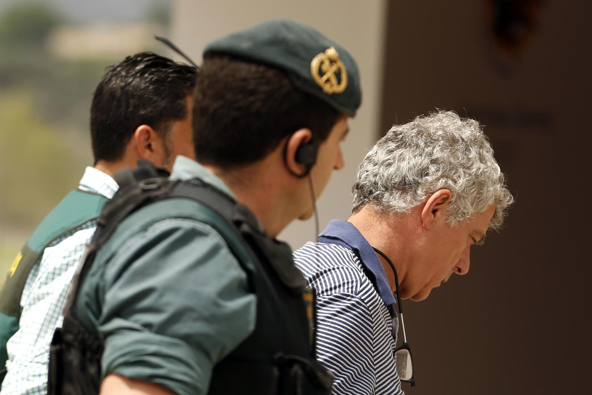 Ct-hoy-spanish-federation-boss-villar-suspended-after-arrest-20170725