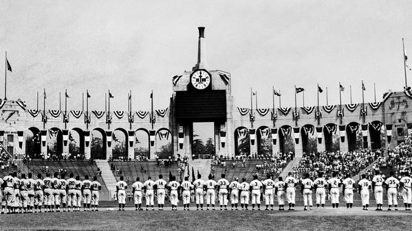 From the Archives: First Dodgers game in Los Angeles