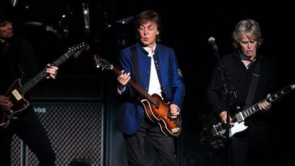 Paul McCartney Delivers Beatles History Lesson In Tinley Park