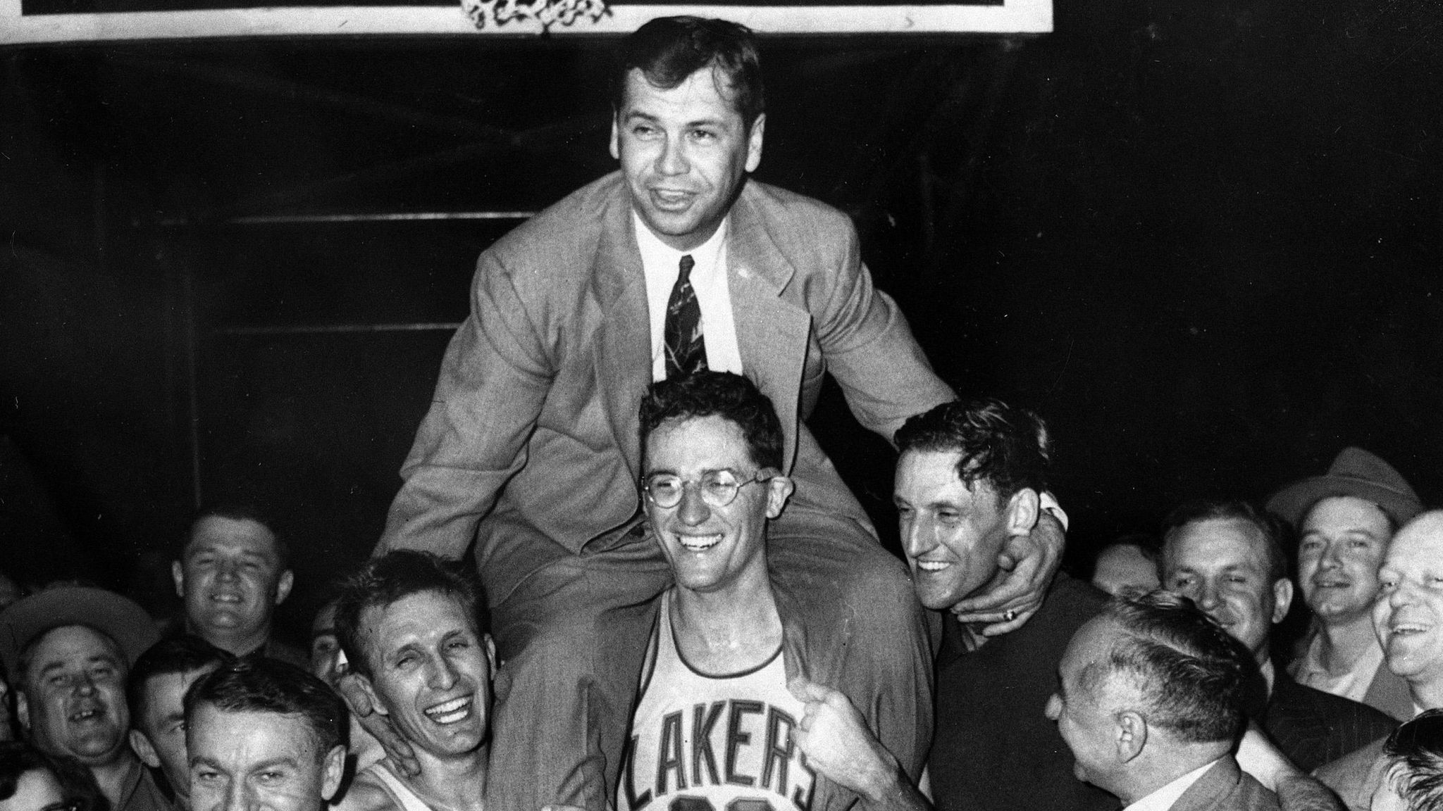 George Mikan Articles s and Videos Los Angeles Times