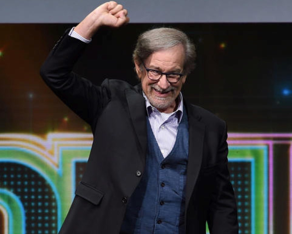 "Steven Spielberg presents ""Ready Player One"" to roaring crowds at Comic-Con 2017. (Kevin Winter/Getty Images)"