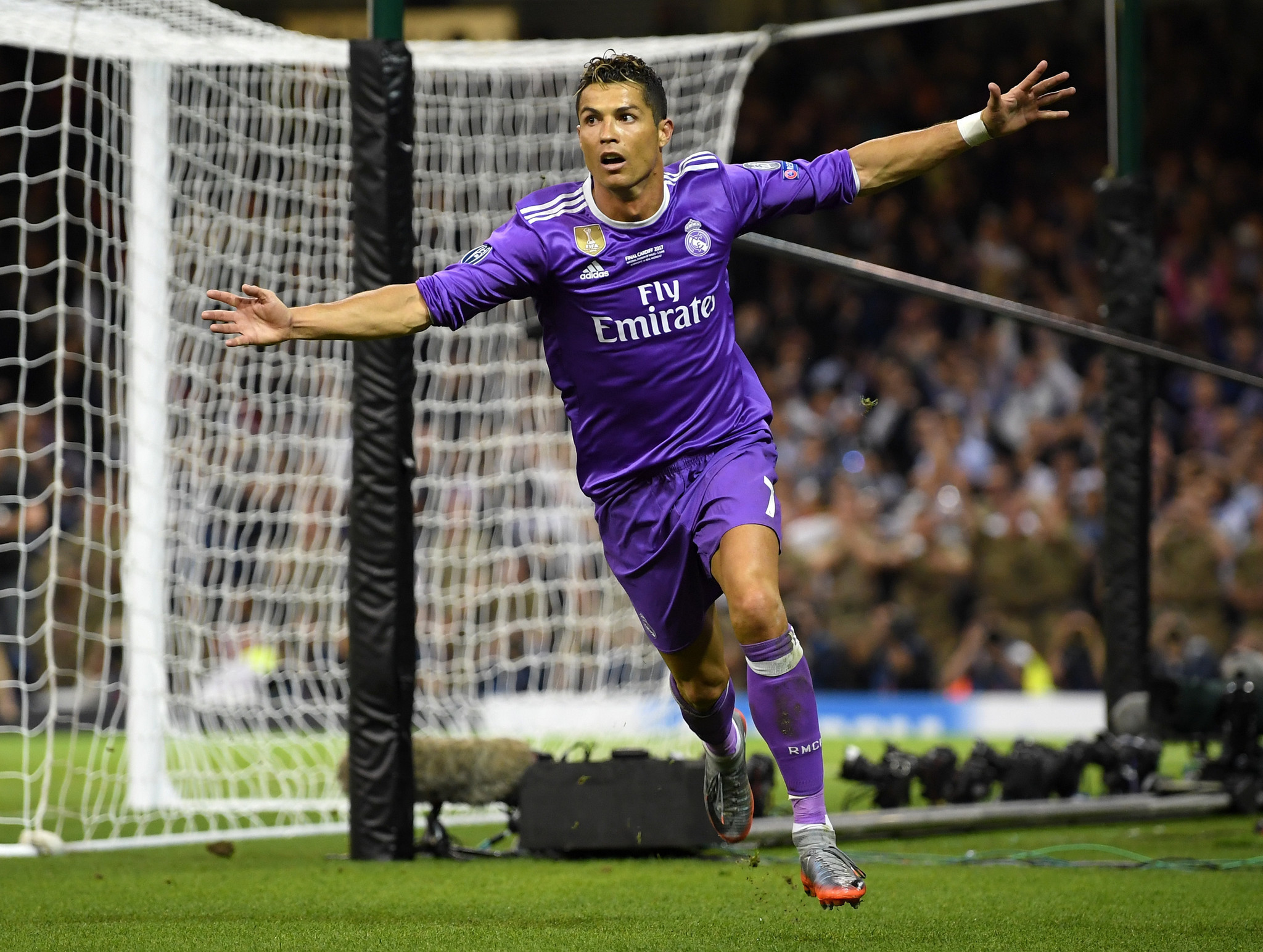 Real Madrid s Cristiano Ronaldo won t be in Chicago to face MLS