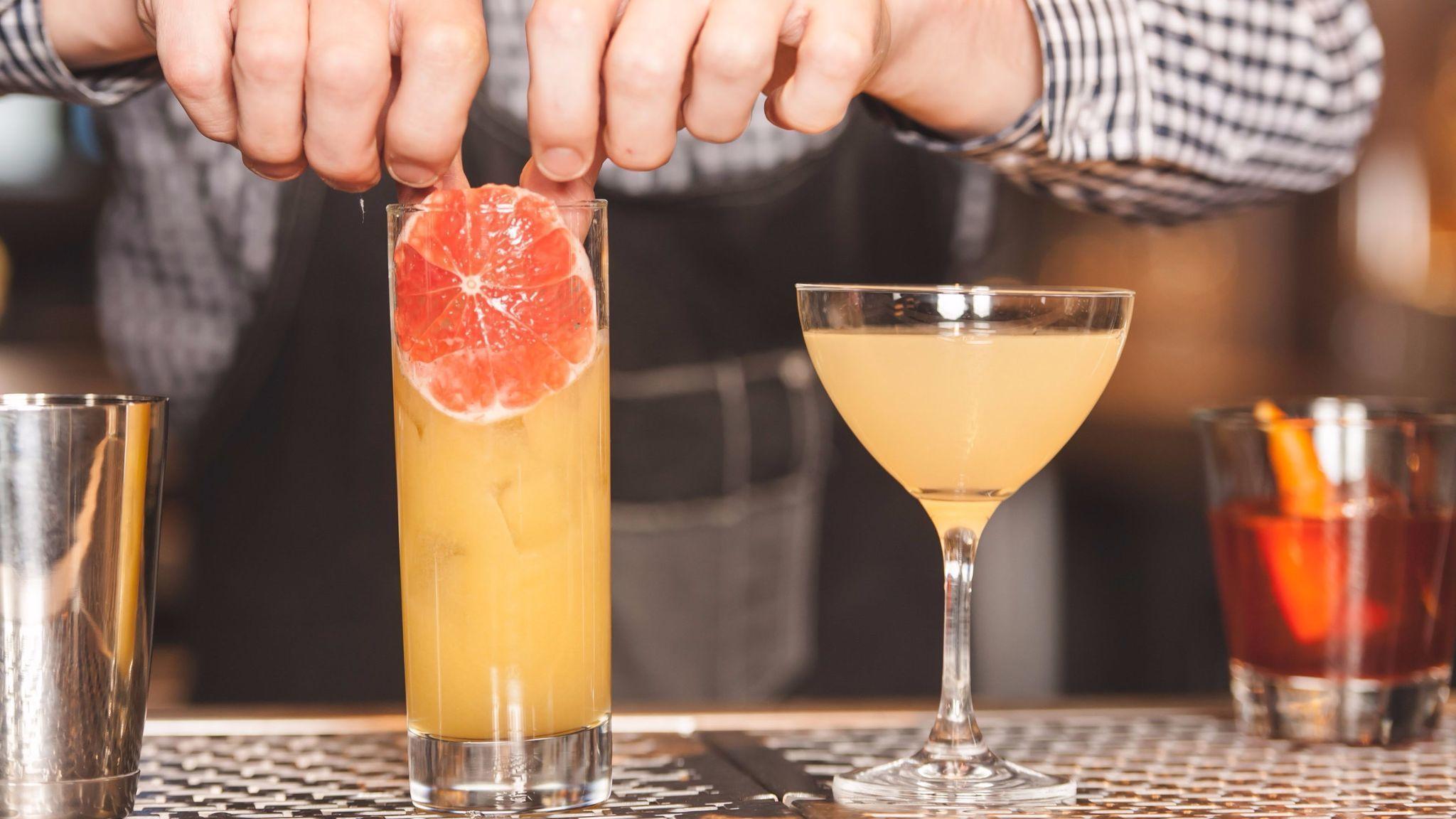 Best Chicago Happy Hour Deals July 27 Aug 2 Redeye Chicago