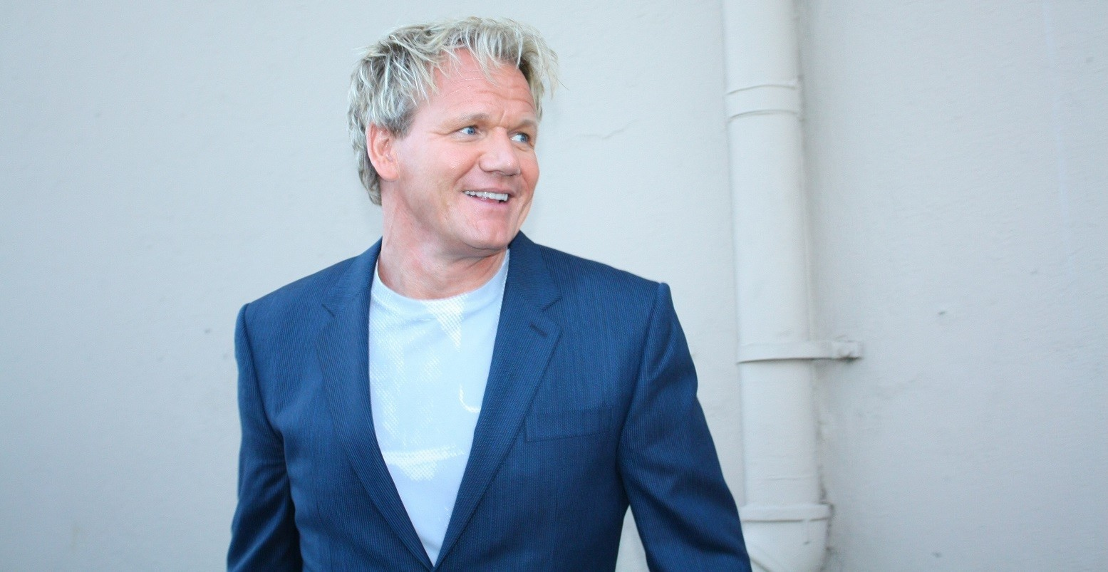 Waiter tells Gordon Ramsay exactly what\'s wrong with restaurant on ...