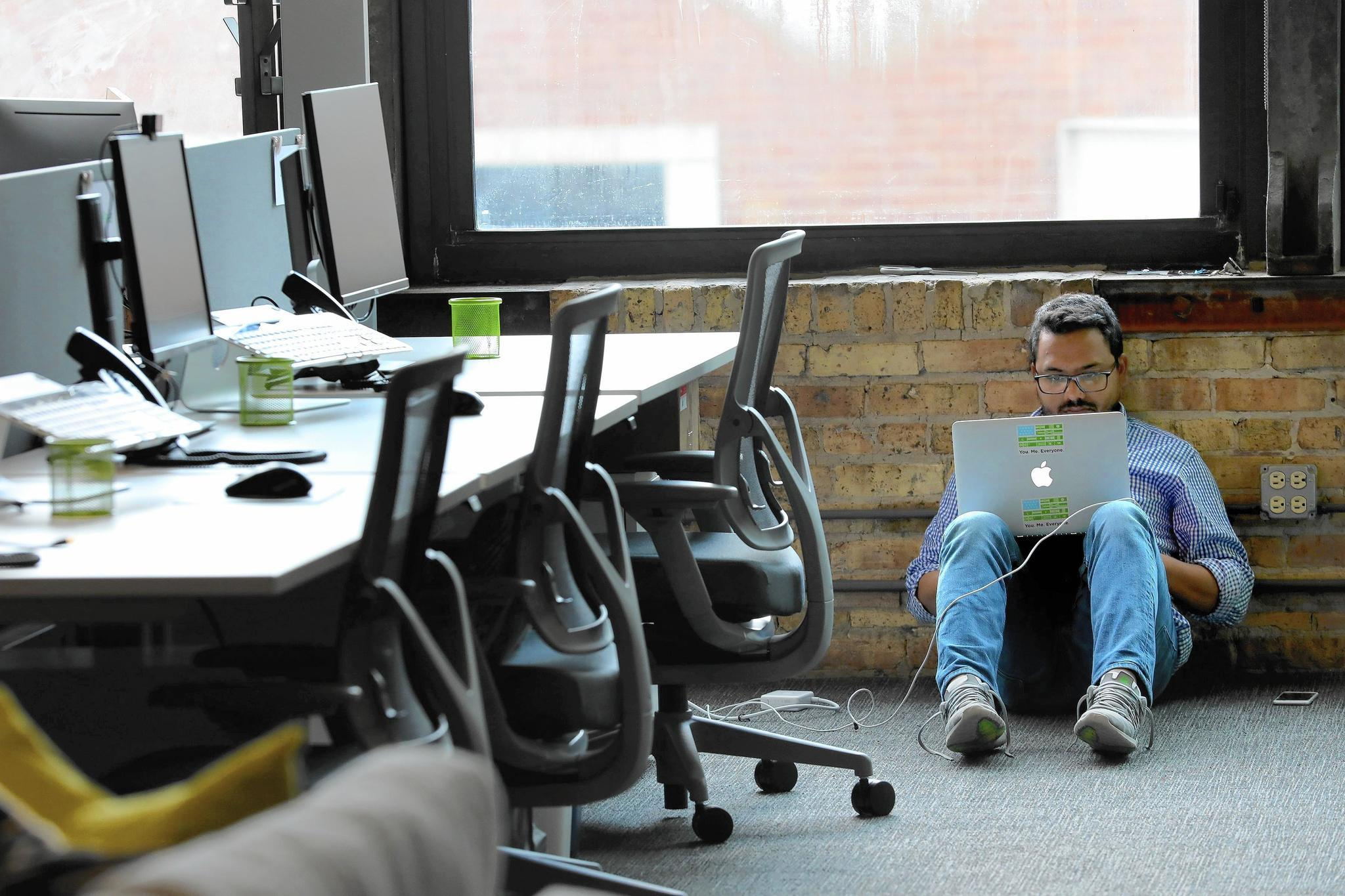 freelance marketplace upwork opens chicago office expects staff of 100 chicago tribune - Office