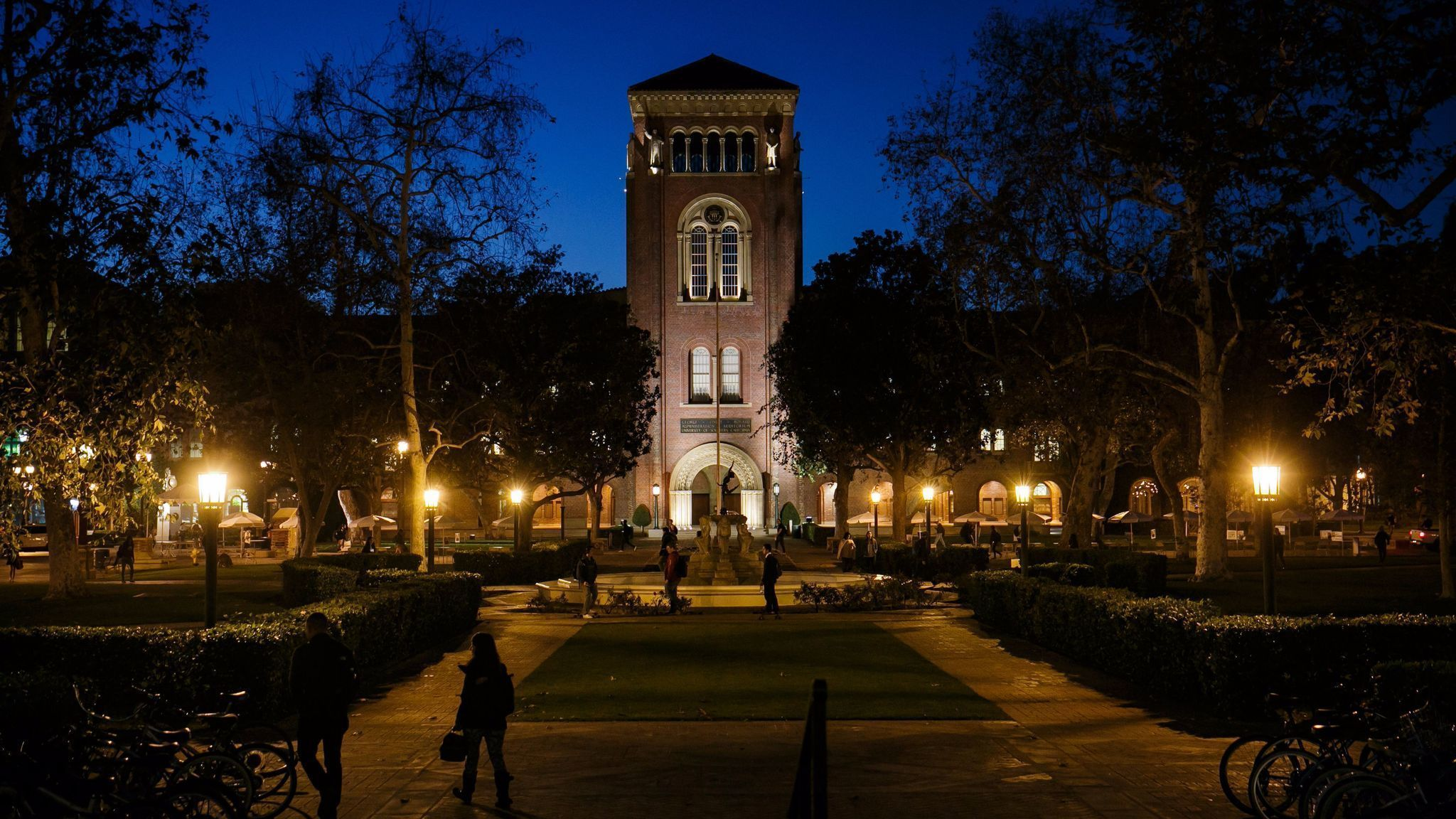 Usc Campus At Night Case against USC stude...