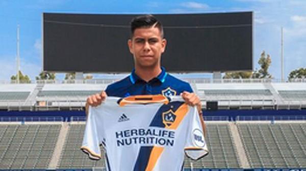 Galaxy II make Efrain Alvarez, 15, youngest player in USL history