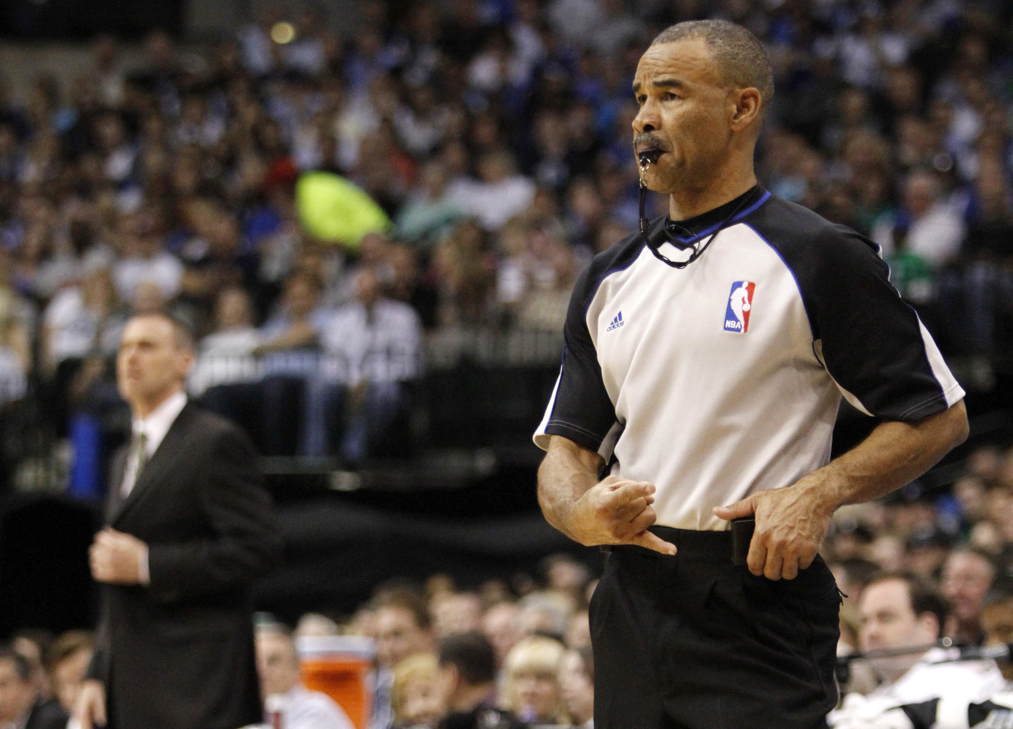 Danny Crawford retires on top after 32 seasons of NBA officiating