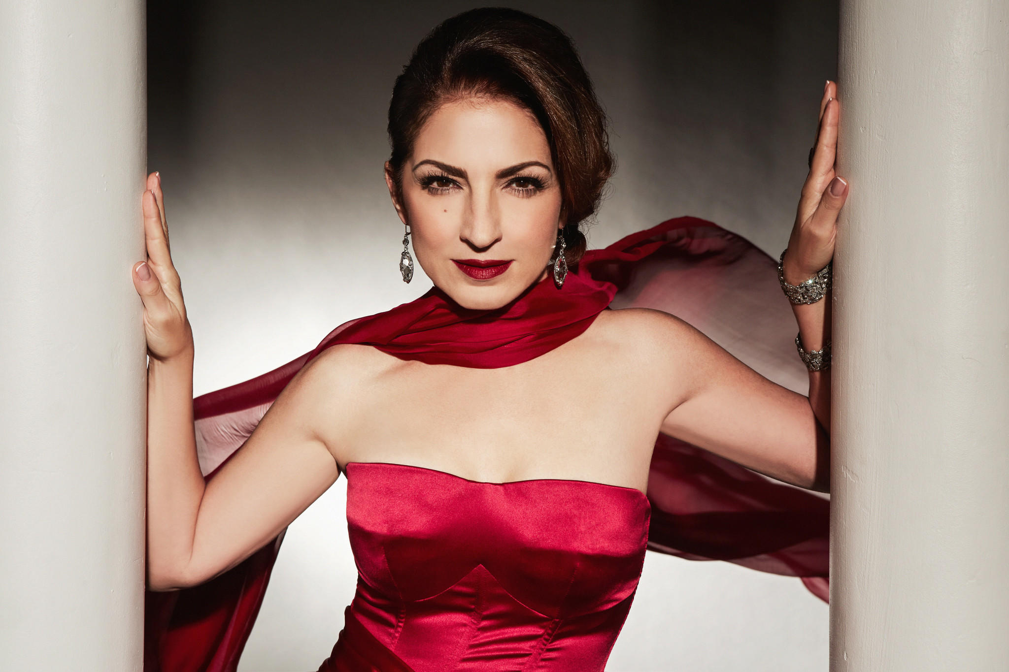 Singer and actress Gloria Estefan will be recognized as a Kennedy Center honoree in December. (Jesus Cordero / Kennedy Center Honors)