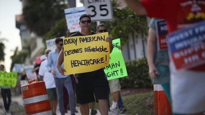 Aumento en el seguro médico doloroso para los californianos: ¿Se quedan o salen de Obamacare?