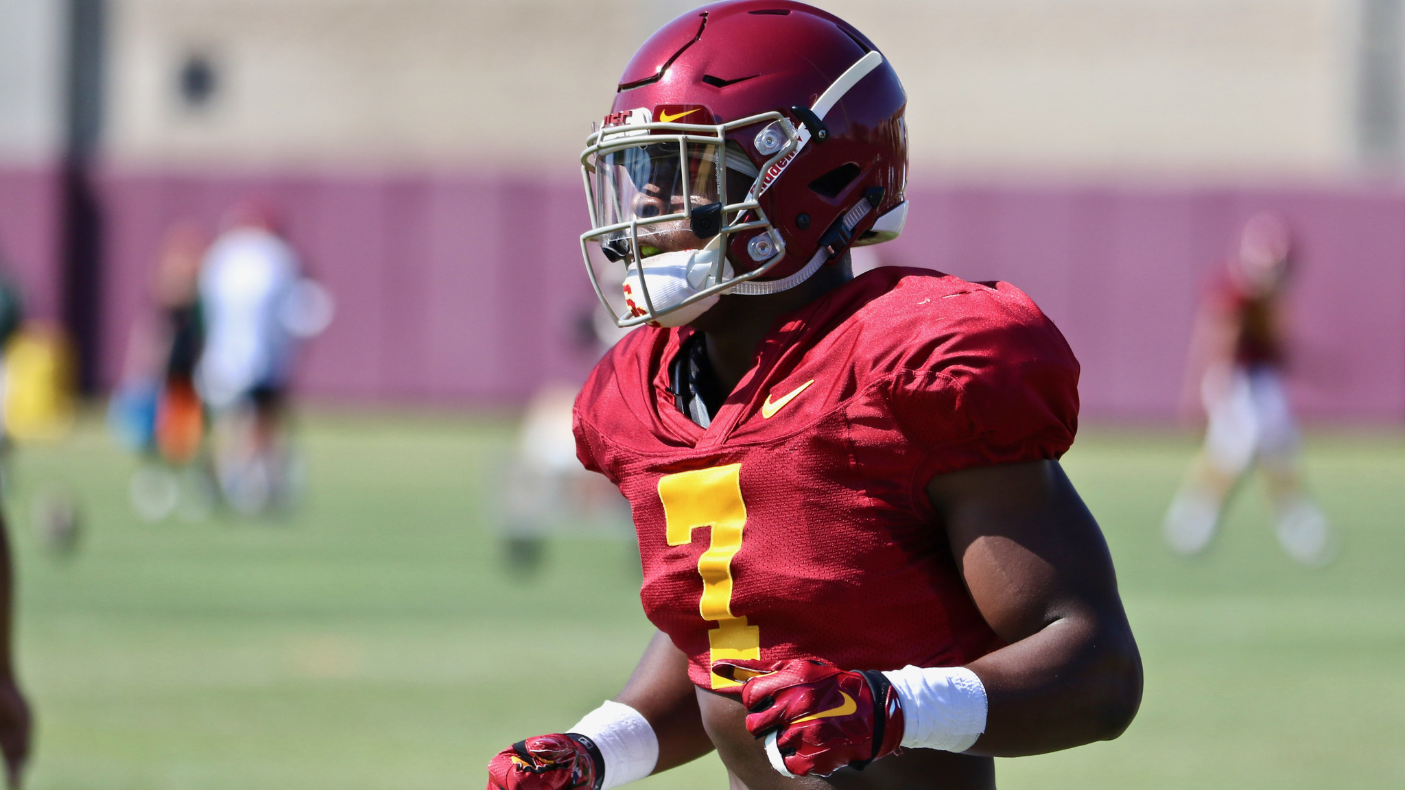 Stephen Carr takes USC's defense for a spin - LA Times