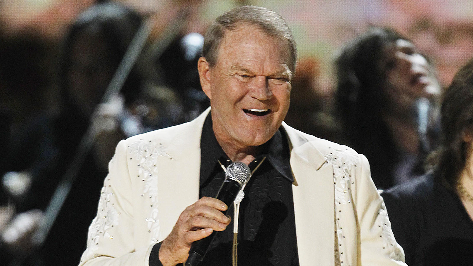 Glen Campbell at the 2012 Grammy Awards. (Robert Gauthier / Los Angeles Times)