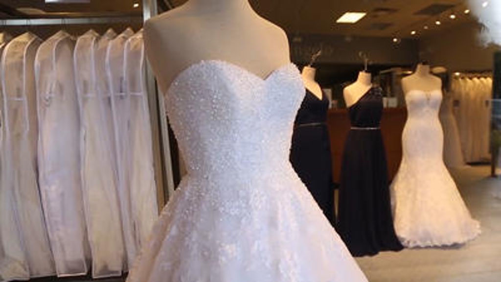 Wedding Dress Alfred Angelo 55 New Alfred Angelo seeks to
