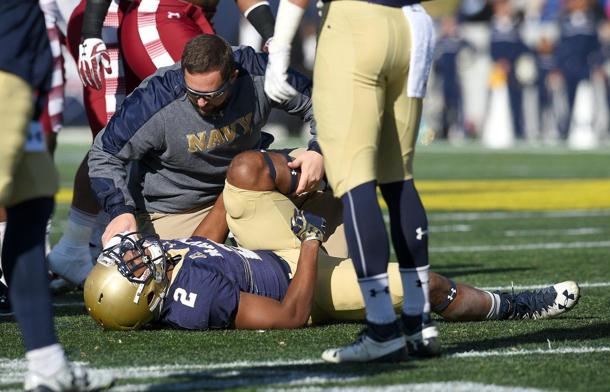 Ph-ac-cs-navy-football-injury-review-0811-20170810
