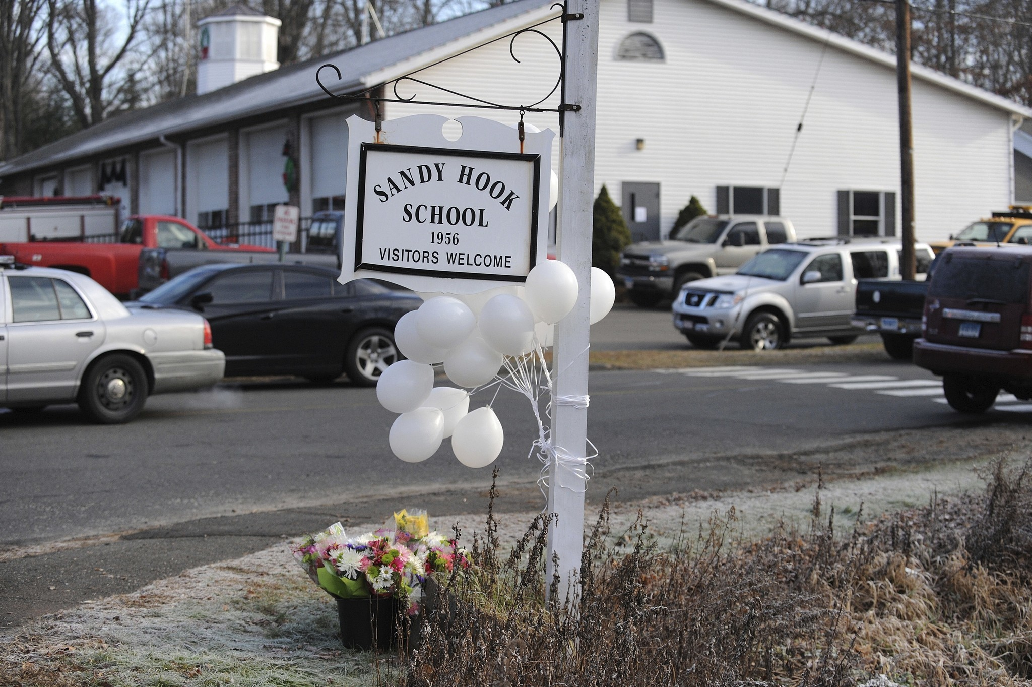 Sandy Hook parents want to see evidence related to teachers' access to classroom keys
