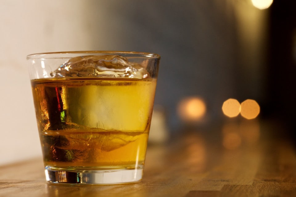 The Best Way To Drink Whiskey According To Science