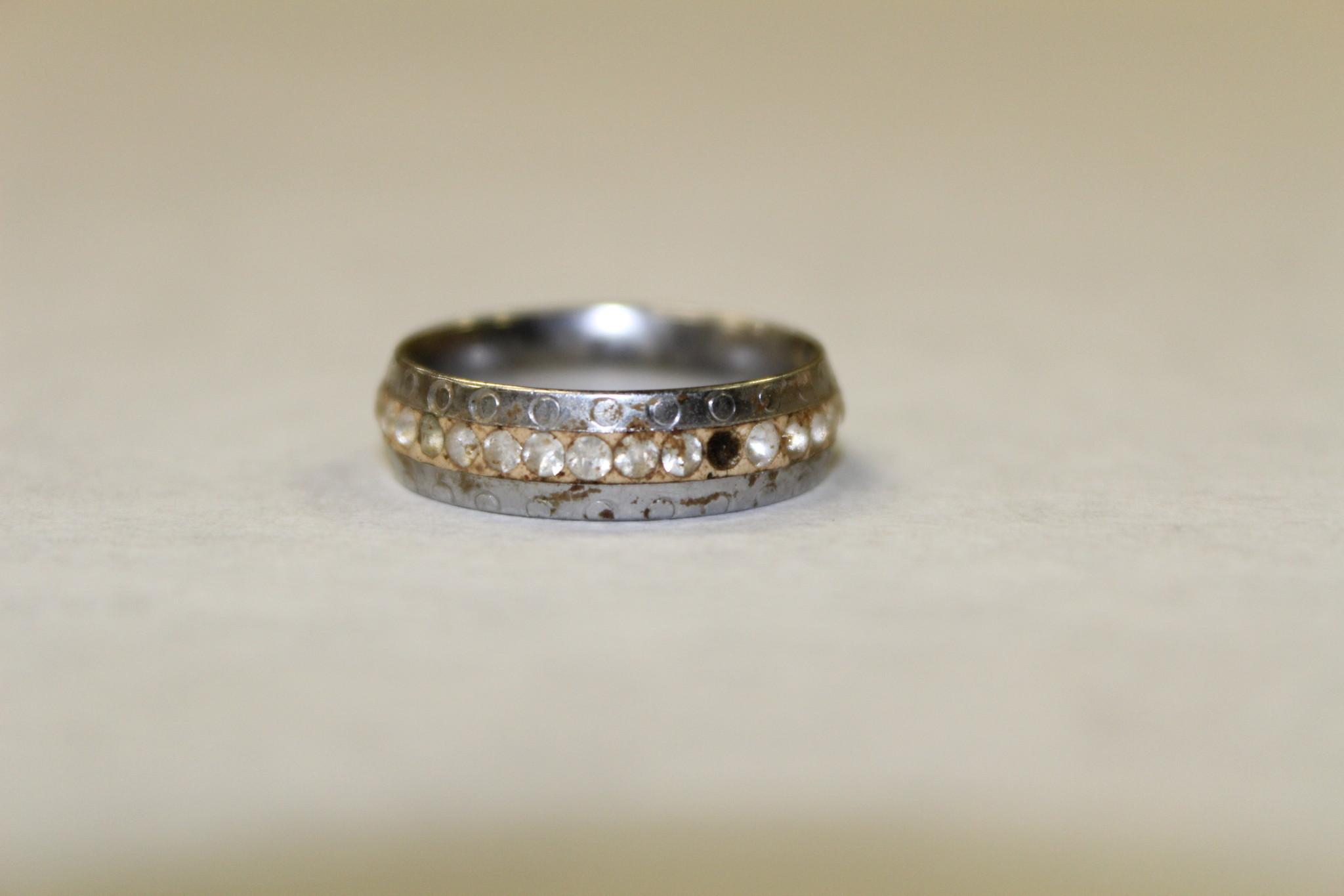 Orlando Wedding Bands 11 Marvelous Investigators hope jewelry reward
