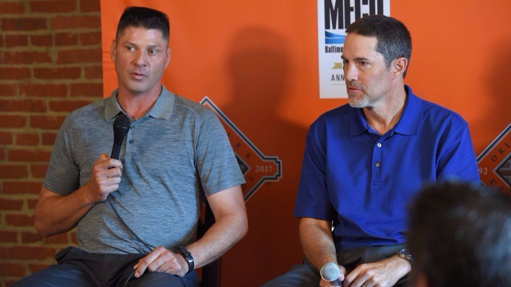 Bs-sp-orioles-mussina-0819