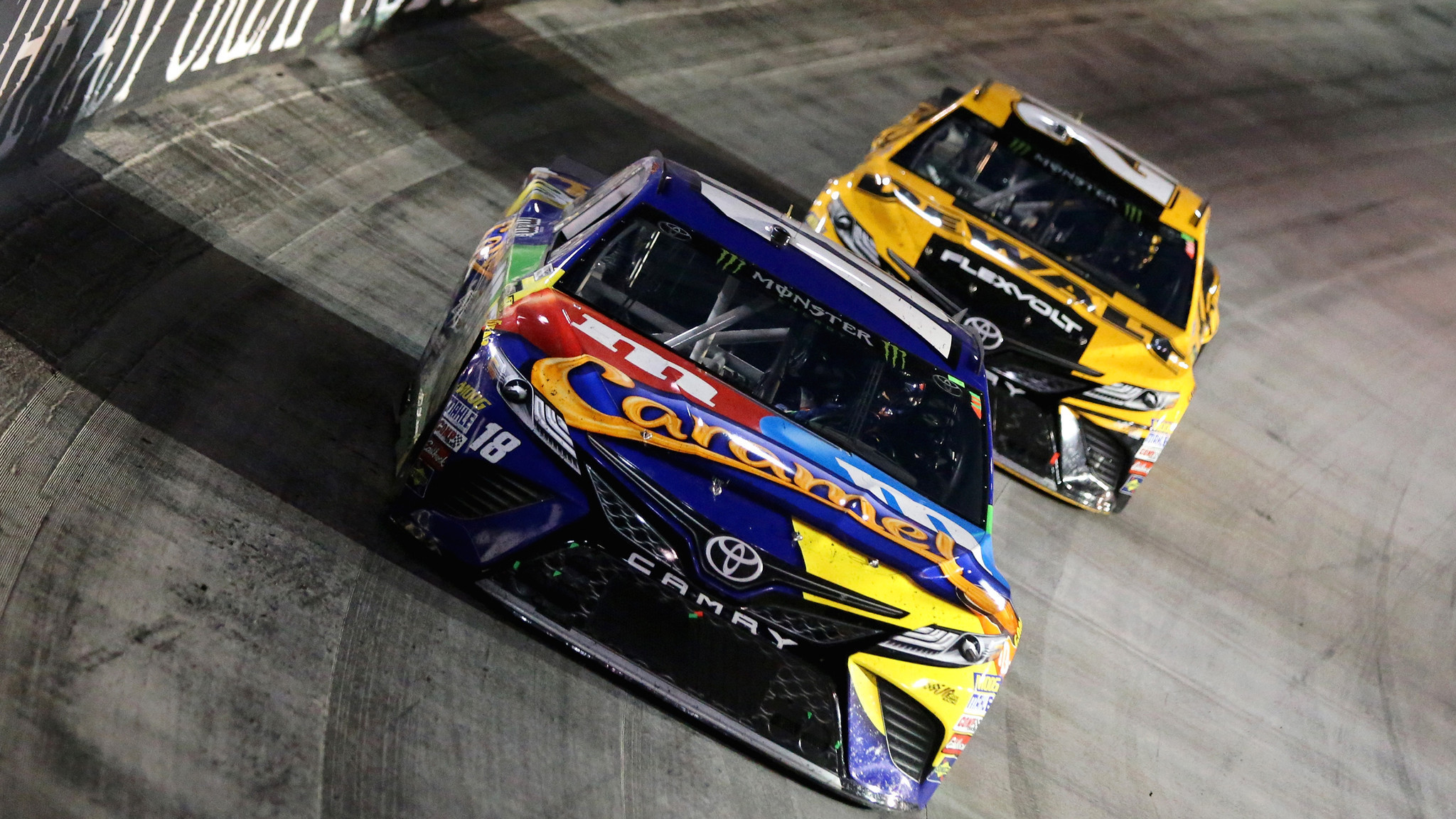 Kyle Busch sweeps at Bristol with a victory in the NASCAR Cup race