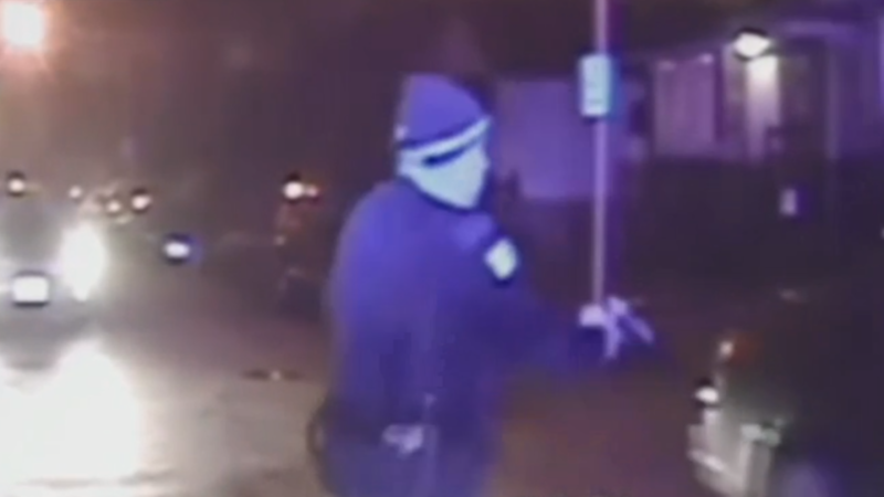 Video of shooting played in federal court as Chicago cop's trial begins