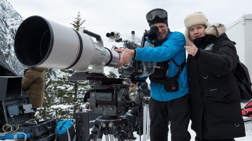 "Cinematographer Mandy Walker with cameraman Doug Lavendar shooting ""The Mountain Between Us."" (20th Century Fox)"