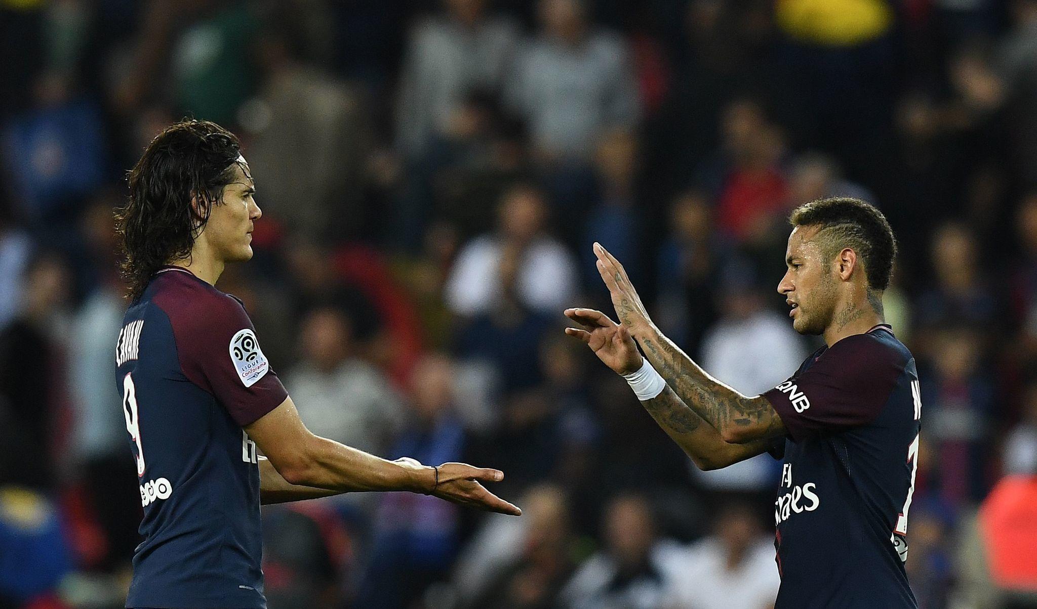 PSG vẫn khẳng định sẽ luân phiên sử dụng Neymar và Cavani cho những quả phạt đền