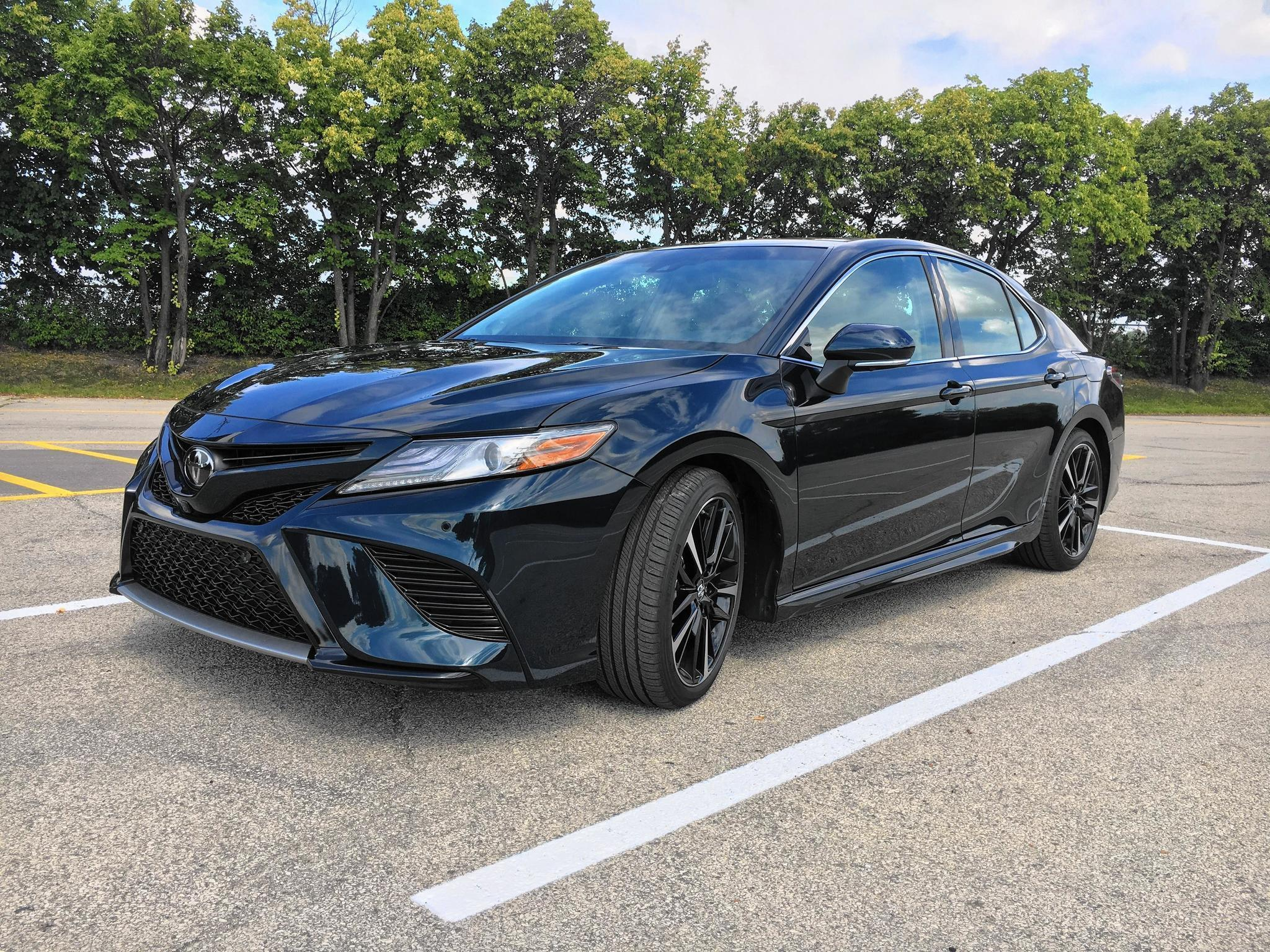 Lights camry action 2018 toyota camry is anything but boring chicago tribune