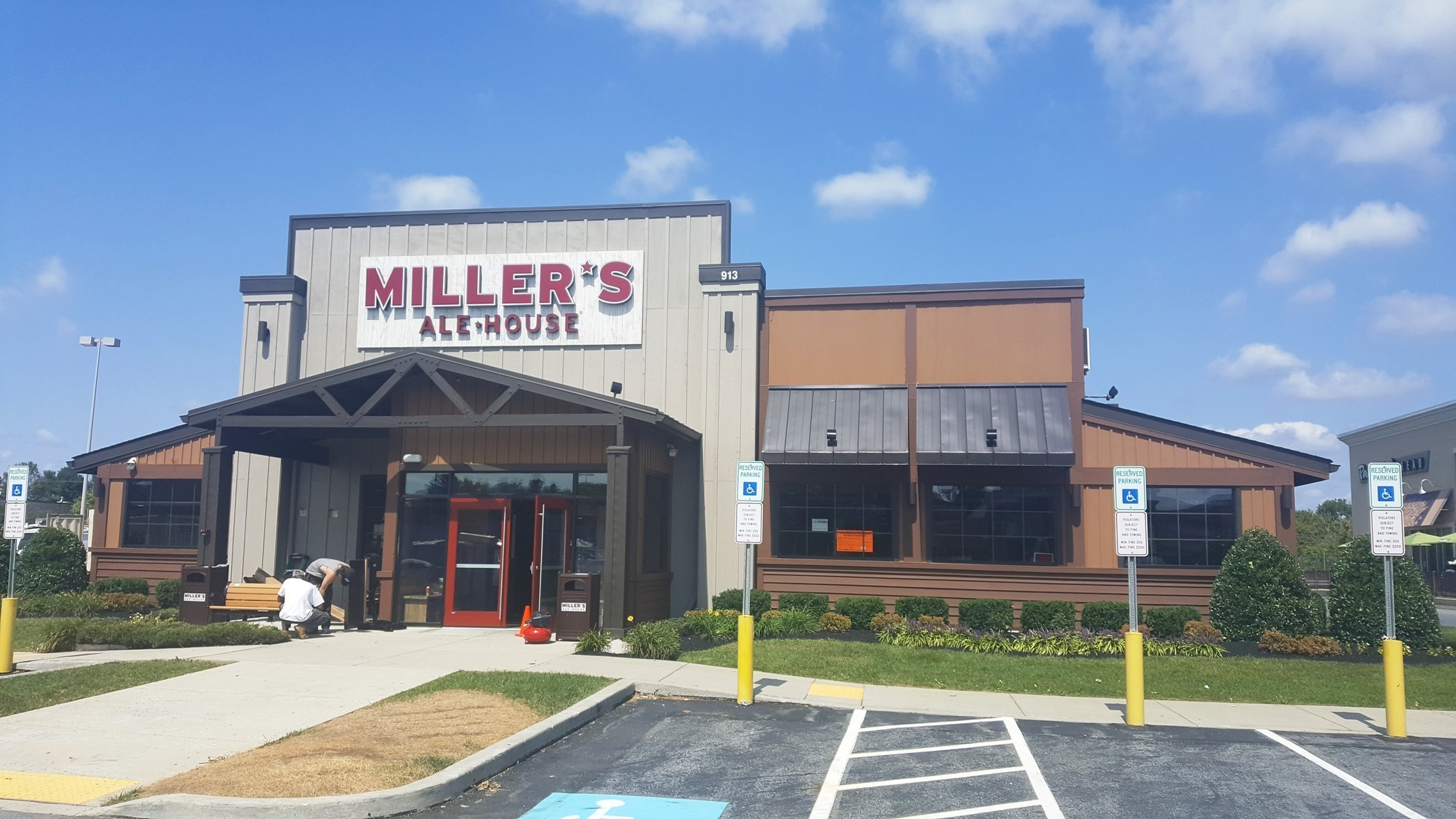 Lehigh Valleyu0027s First Milleru0027s Ale House To Open Next Week In Airport  Center   The Morning Call