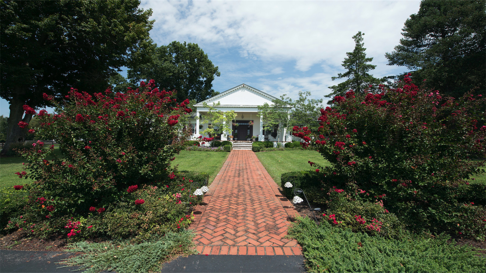Johnny Depp's Kentucky farm to hit the auction block in ...