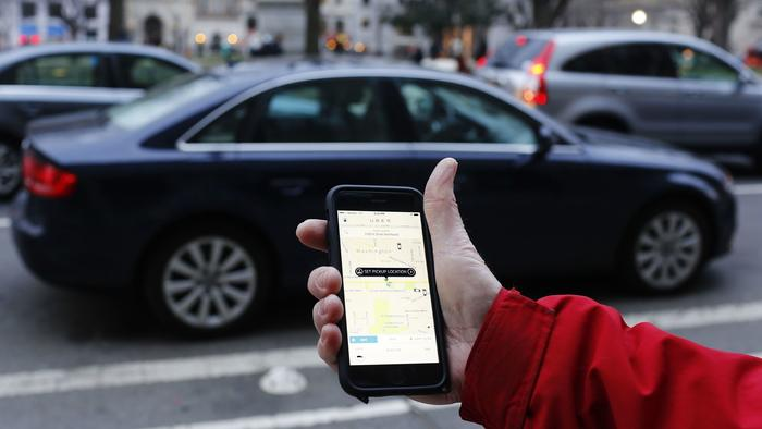 Sorry, Ald. Beale. Regulating Uber and Lyft surge pricing would hurt consumers. | Chicago Tribune